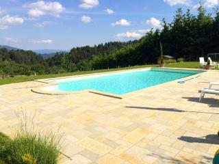 Pianacci, private pool, stunning views, WIFI, Villa Collemandina