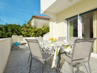 Stipe 1 stylish apartment in Trogir, Dalmatia