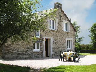 Traditional Breton Cottage (sleeps 4), Treal