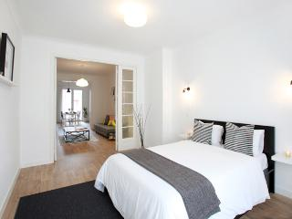 Ideal Apartment in Antwerp-Zuid Black&White, Antuérpia