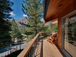 Sandy Way - 3 BR in Squaw with Hot Tub and Close to The Village Too