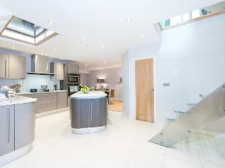 BREATHTAKING 5 Bed Hyde Park House Private Road, Londres