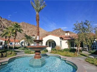 Highly Sought After Legacy Villas Townhome on Pool (LV987), La Quinta