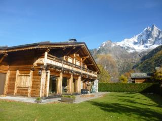 Chalet Adriana, 10 pax, at the foot of the slopes