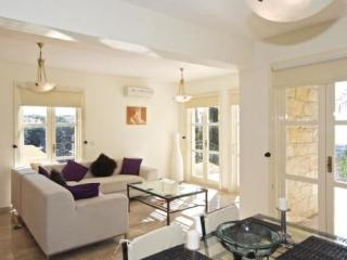 Luxury 3 bedroom house/villa, Pafos