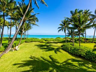 PREMIER KAILUA BEACHFRONT GETAWAY, Kailua