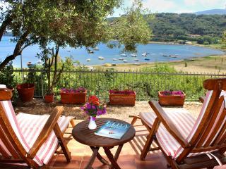 Incantevole villa a 50 mt dal mare, Porto Azzurro