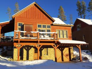 Charming All-Season Mountain Home, Fraser