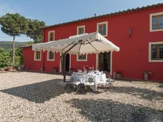 Villa Raffaello, Vorno