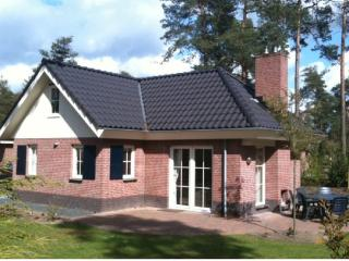 Great Holiday Villa 8 persons near Apeldoorn, Beekbergen