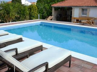 Trogir Center 1 BR Apartment With Pool - A1