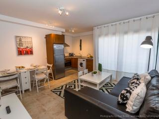 Apartment 'La Botavara'. 2 Bedroom. Town Centre.