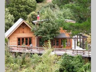 Birdsong Lodge, Little River