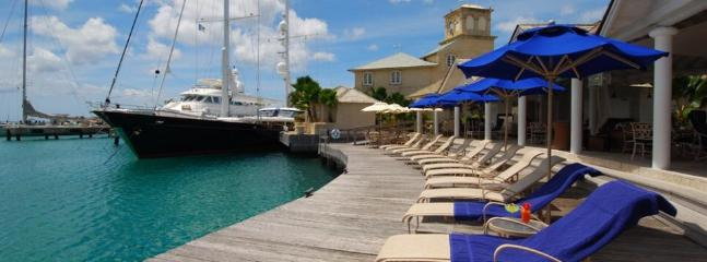 The yacht club port Saint Charles, lunch & beds available