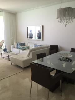 The Gabrielle - 3 Bedrooms + 3 Bathrooms, North Miami Beach