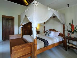 2 Bedrooms Cottage in Ubud Village, Mas