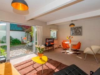 Merivale - Retro living