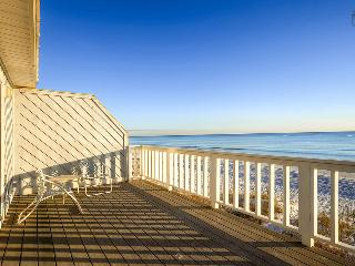 Oceanfront townhouse on secluded beach near Rosemary Beach (beachfront) - The Oceanaire, Panama City Beach
