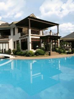 Best Manila Vacation Rentals, amenities, malls