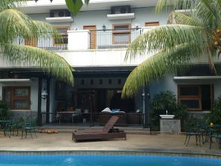 Chez Dedar Studios For Rent, Yakarta