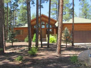 This is the one! Beautiful 3 bdrm/2 bath, sleeps 9, Pinetop-Lakeside