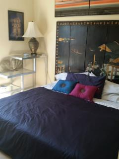 Second Bedroom with king bed OR 2 twins configuration