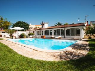 La Boccuta: Agriturismo Agriturismo con piscina in Puglia, Barletta