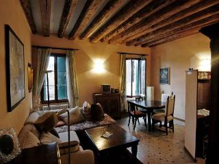 Cosy Apartments. Flat with 40sq meters terrace, Venice