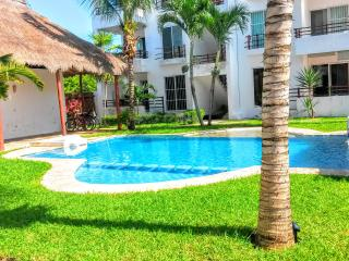 3 bed Spacious Villa in Tulum in pool complex