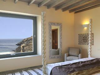 Honeymoon Residence with Sea View in Andros