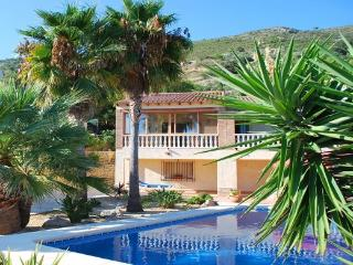 Los Girasoles - Sleeps 6 to 8, Jalon