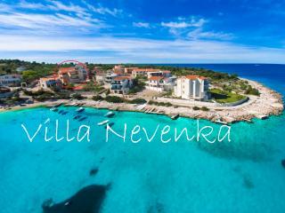 Villa Nevenka A3 (8+3), Rogoznica