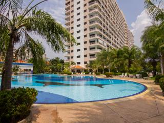Stunning Studio Apt - FREE Electric-WiFi-Cable TV, Pattaya