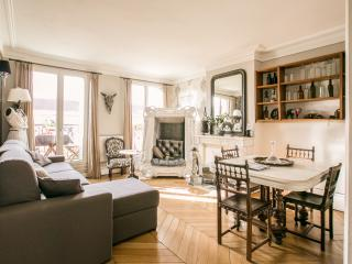 Superb flat, 3 rooms, 4 beds, great location, París