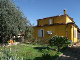 Trilo 1 km da La Cinta, Via Messina