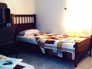 Maria Luisa Residence Room 202, Cebu City
