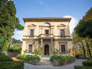 Charming Family Villa in LAMOLE- Greve in Chianti