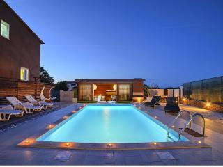 Luxury villa Nikolina, Liznjan