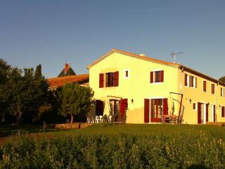 Silene, luxe et serenite au Chateau La Vernede