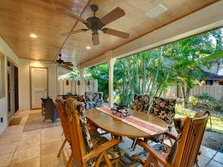 Fabulous Ocean View Townhouse with Three Master Bedroom Suites, Lahaina