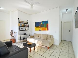 Cheap 2 bedroom Accommodation in Rio de Janeiro D049