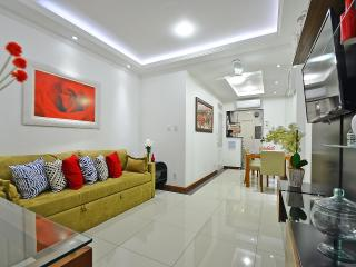 Furnished Apartment in Leme Rio D047