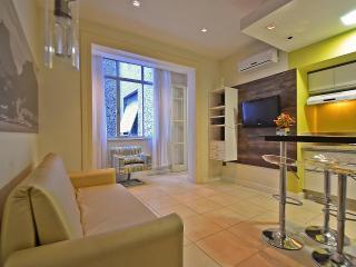 Copacabana - Vacation Rental Accommodation in Rio C015, Rio de Janeiro