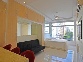 Copacabana Vacation Apartment Rio de Janeiro C062