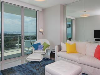 Stunning Penthouse above Miami Beach Skyline