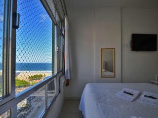 Vacation Rental Apartment in Copacabana Rio de Janeiro C032