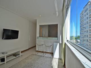 Accommodation close to the beach in Rio de Janeiro U015