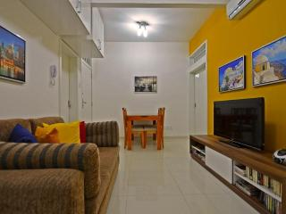 Vacation Rental Apartment close to the beach in Rio D032, Rio de Janeiro