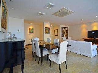 4 Bedroom vacation rental Rio Q002, Rio de Janeiro