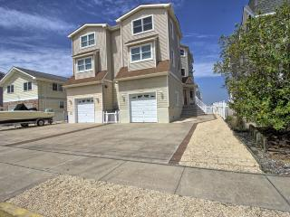 643 Sunrise Drive, Avalon